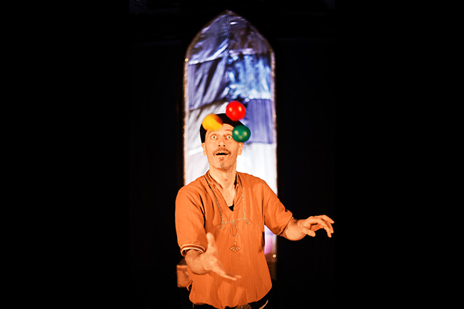 Guds Lille Narr - Teater Barbara